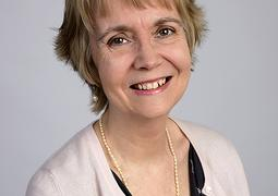 Elly Redding author photograph