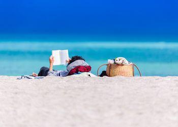beach book image